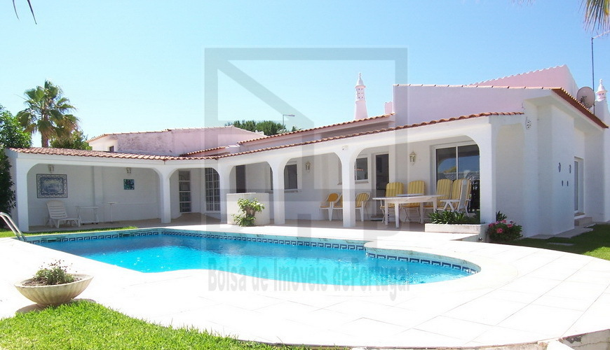 inexpensive villa sale