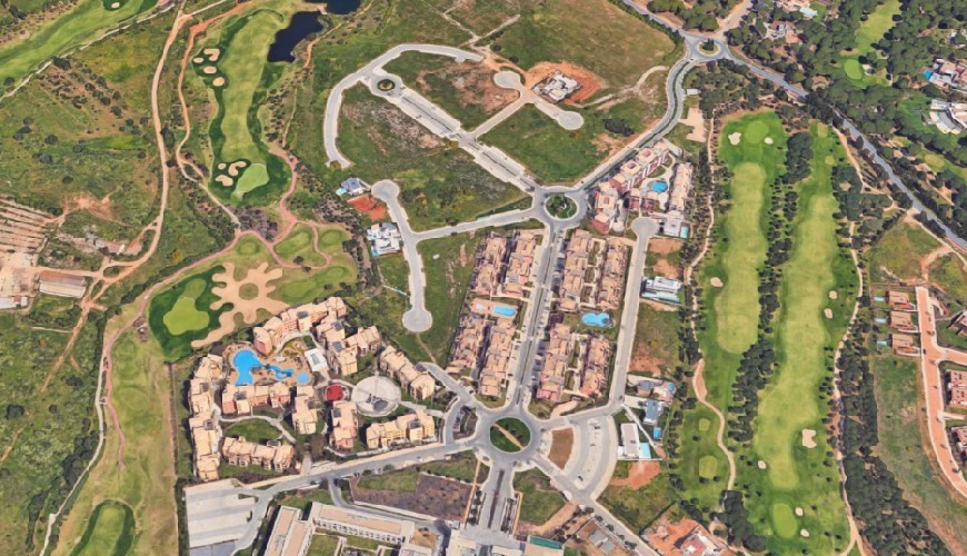 Algarve, land with approved project -Vilamoura