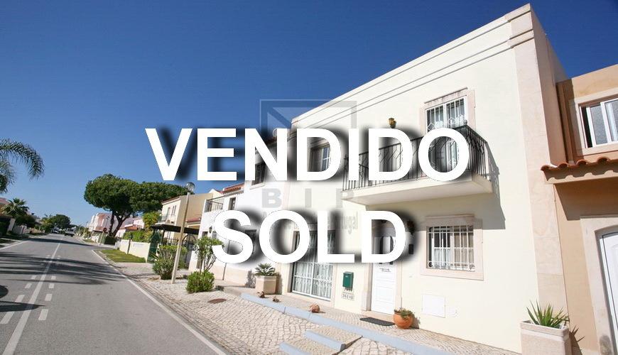 buy villa vilamoura algarve portugal
