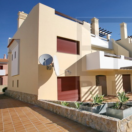 Vilamoura Bank repossessed apartment in Sunset Villas Vila So. Benefits of good credit conditions