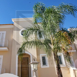 Boliqueime 220,000 euros. Bank repossessed house in the Algarve