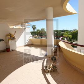 purchase house Algarve vilamoura