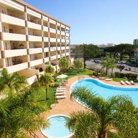 large areas in excellent condominium