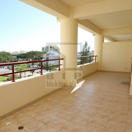 buy apartment center vilamoura