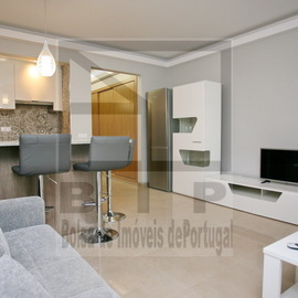 Extensively refurbished, this property now has a separte bedroom, with sliding door. Condominium fees are 400 euros per year, and taxes are very low