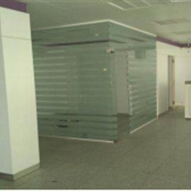very well located shop portimao