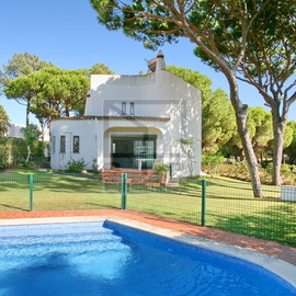 Villa close to Pinhal da Marina and Melvin Jones