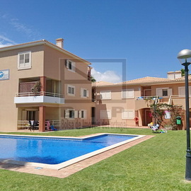 Apartment T3 Vilamoura with pool and garden