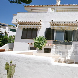 350.000 Vale do Garrao townhouse for sale